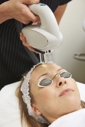 INTENSE PULSE LIGHT LASER TREATMENT