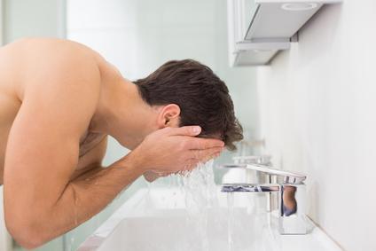 MEN FACE WASH TREATMENT